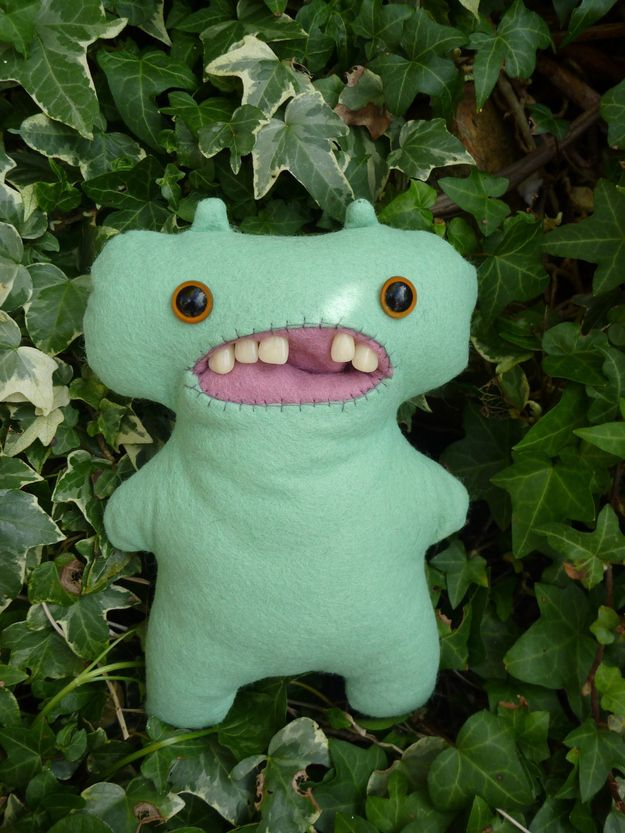 Stuffed animals with teeth are the creepiest thing