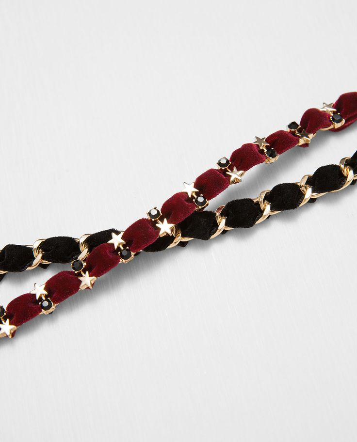 Image 2 of PACK OF VELVET CHOKER AND CHAIN WITH GOLDEN DETAILS from Zara