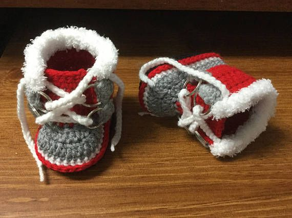 Crochet Boots  Winter Baby Boots   Fur Trim Sorel Pac Style