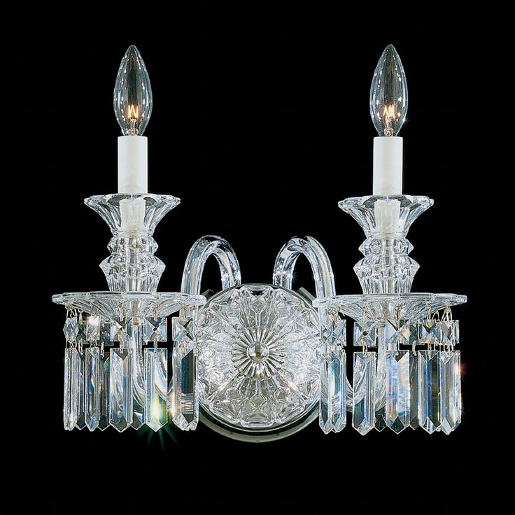 Fairfax is an all-crystal design that echoes the disciplined elegance of English Regency architecture. Although it resembles a period piece from an eighteenth-century estate, Fairfax is an original Schonbek design.