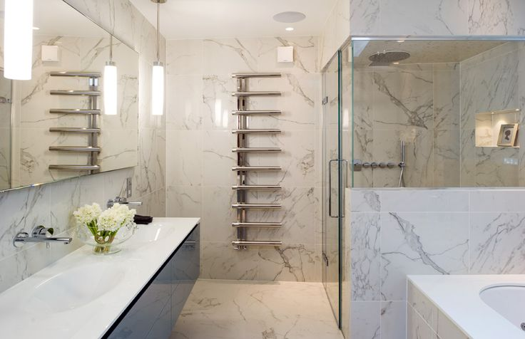 Minoli Tiles - Project 9 - That is WOW! Marble look tile for this elegant bathroom realised using Evolution Marvel Calacatta Extra in Lappato finish by #Minoli. Great job!  Floor / Wall Tiles: Evolution Marvel Calacatta Extra Lappato 60 x 60 cm. - https://www.minoli.co.uk/tiles/marvel-calacatta-extra-2/