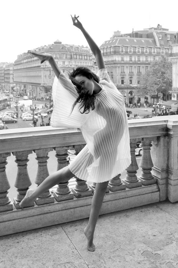 Balcony Dance by endegor.deviantart.com on @deviantART  just love it - coll me -http://certitude.ning.com/photo/balcony-dance-by-endegor-d5p48m2?context=album&albumId=4480752%3AAlbum%3A53250