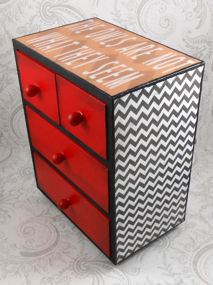 Custom Twin Peaks inspired Black Lodge Stash Jewelry Box by pzcreations22 on Etsy https://www.etsy.com/listing/186594370/custom-twin-peaks-inspired-black-lodge