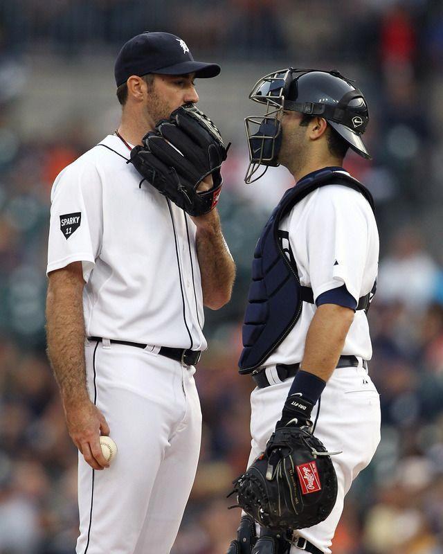 Justin Verlander Alex Avila Both Attractive See Why I Love And Miss Baseball Season So Much Chicago Cubs Baseball Espn Baseball Youth Baseball Gloves