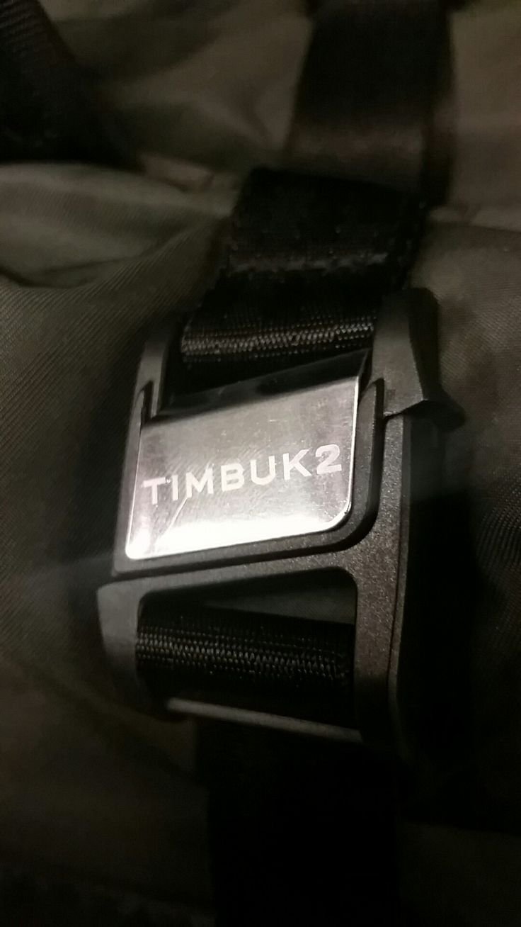 TIMBUK2 fucking awesome design,  so many night metal buckles and mechanism, heavy fabrics, ingenious strapping