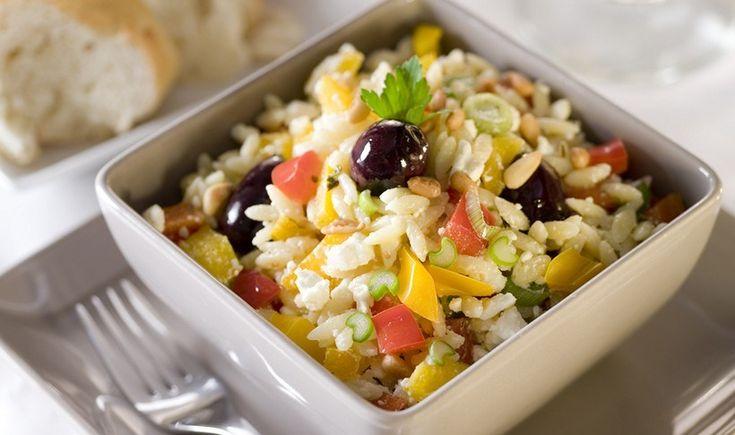 Αρωματική σαλάτα με κριθαράκι και λαχανικά