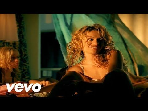Paulina Rubio - Y Yo Sigo Aqui (Alt. Version) - YouTube