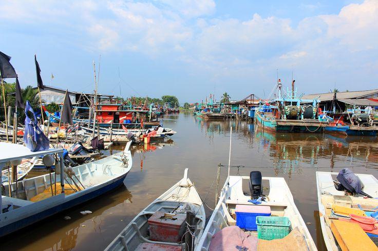 "Check out my @Behance project: ""The Beauty Fish Village at Sekinchan"" https://www.behance.net/gallery/35994649/The-Beauty-Fish-Village-at-Sekinchan"