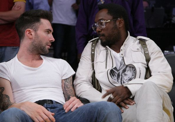 Adam Levine Photos Photos - Singer Adam Levine of the band Maroon 5 (L) and musician will.i.am of the group Black Eyed Peas attend Game Two of the NBA Finals between the Los Angeles Lakers and the Orlando Magic at Staples Center on June 7, 2009 in Los Angeles, California. (Photo by Noel Vasquez/Getty Images) * Local Caption * will.i.am;Adam Levine - Celebrities Attend NBA Finals Game 2: Orlando Magic v Los Angeles Lakers