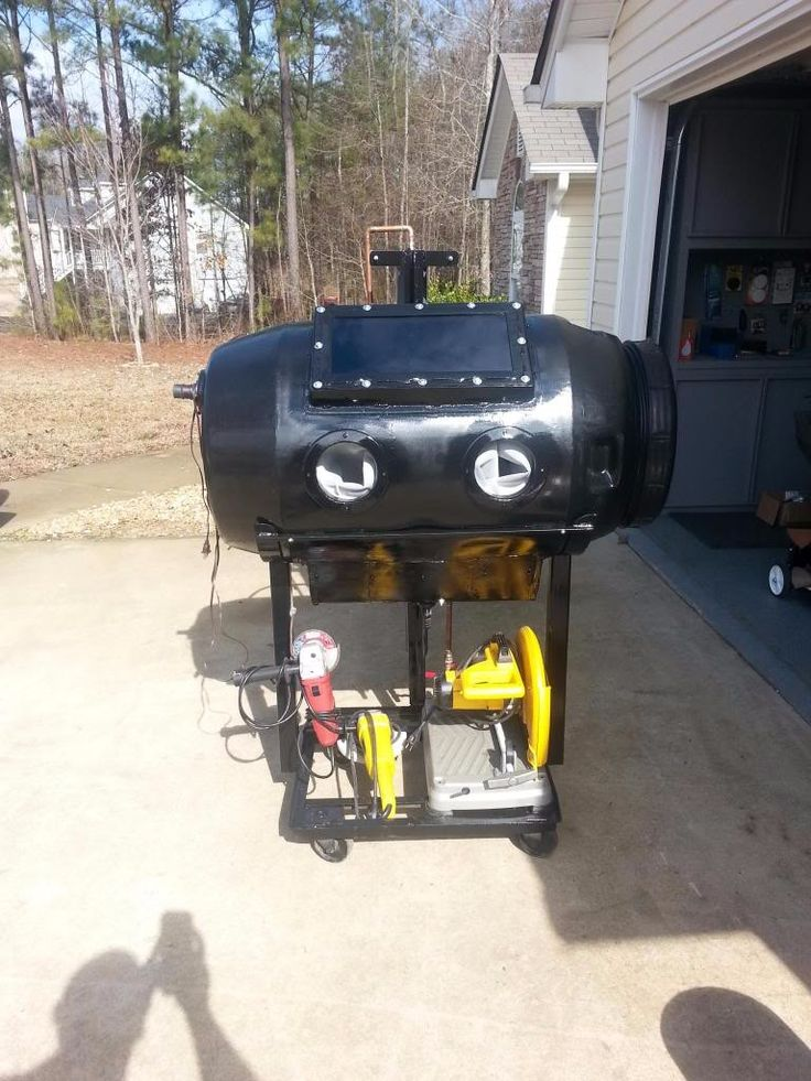 Blast Cabinet by forrestgump01 -- Homemade blast cabinet featuring an integral air dryer. Constructed from a surplus pickle barrel. http://www.homemadetools.net/homemade-blast-cabinet-2