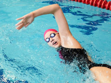 Want to learn how to swim faster? Discover the three most common freestyle mistakes and the swimming drills that will help you fix them.
