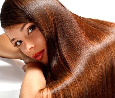 Truques para ter um cabelo brilhante. Uma das coisas que mais chama a atenção de um cabelo bonito e cuidado é o brilho que desprende. Pois a luminosidade no cabelo é sinal de um cabelo saudável e cheio de vida, ao contrário daqueles cabel...