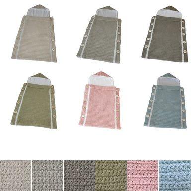 Gebreide voetenzak van Fair and Cute, verkrijgbaar in 6 kleuren! http://aukgaaf.com/nl/trends4kids-brocante-babykamer-landelijke-kinderkamer-complete-babykamers.html?brand=107