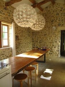 die besten 17 ideen zu steinwand wohnzimmer auf pinterest. Black Bedroom Furniture Sets. Home Design Ideas