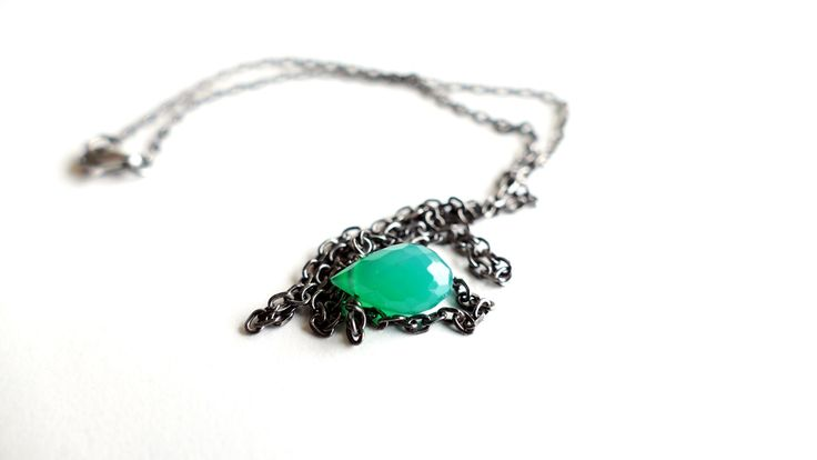 Necklace with a drop of Green Onyx -Price:21€