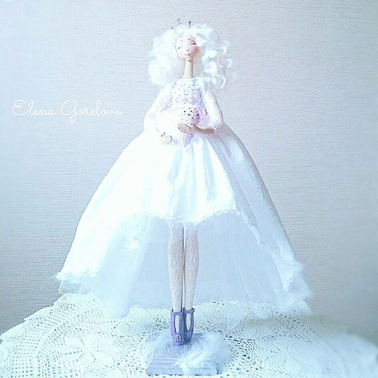 Белый ангел. Куклы Елены Гореловой. Белый и лавандовый. Текстильные куклы.