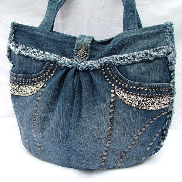 This pretty and unique denim patchwork shoulder bag is made from an upcycled denim skirt  60.00 €