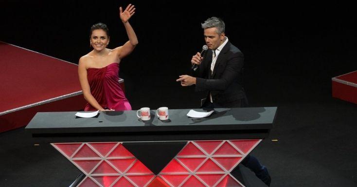 """Mônica Iozzi ganha prêmio e diz que já temeu ser demitida do """"Vídeo Show"""" #Apresentadora, #Brincadeira, #Fotos, #Gente, #Globo, #Mula, #Programa, #RioDeJaneiro, #Show, #Sucesso, #Tiago http://popzone.tv/2015/11/monica-iozzi-ganha-premio-e-diz-que-ja-temeu-ser-demitida-do-video-show/"""