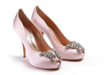 perfect pink shoes.