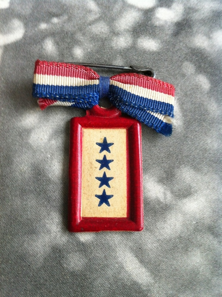 Four Sons In Service Victory Pin