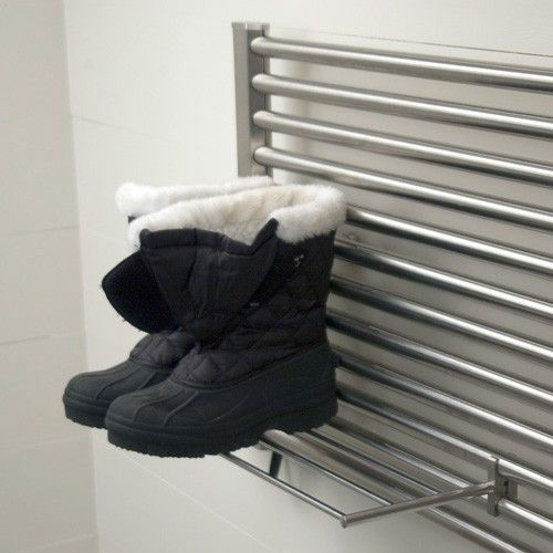 Shelf bar for the win, the Jeeves Shelf Bar is the perfect add on to modern towel warmers. It's great for piling extra towels to bet warmed or for drying off your winter boots after a romp in the wet snow.
