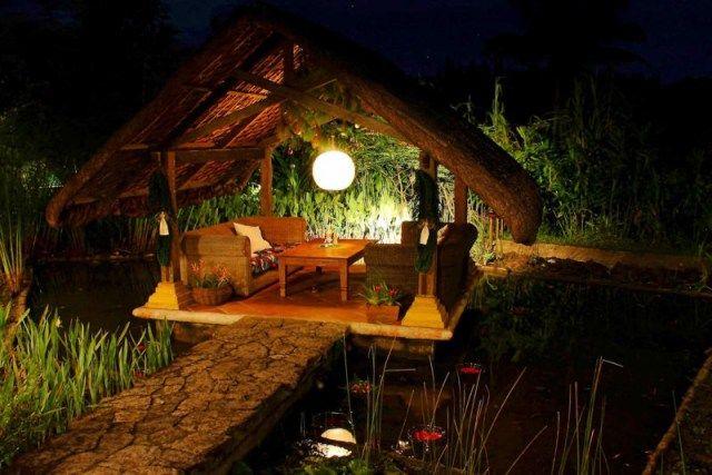 Blooming Jasmine and the Flowering Moon Garden,Moon Garden Designs,Moon Garden Flowers,The moon garden
