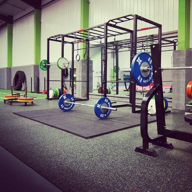Gym Interior Fitness Design And: 25+ Best Gym Interior Ideas On Pinterest