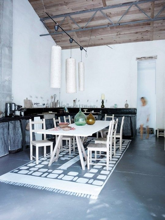 Méchant Design: painted rug