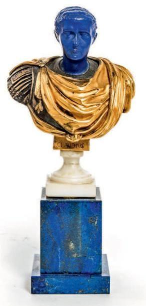 BUSTE DE L'EMPEREUR CLAUDE Sculpture en bronze doré, lapis lazuli, scagliole et marbre blanc.