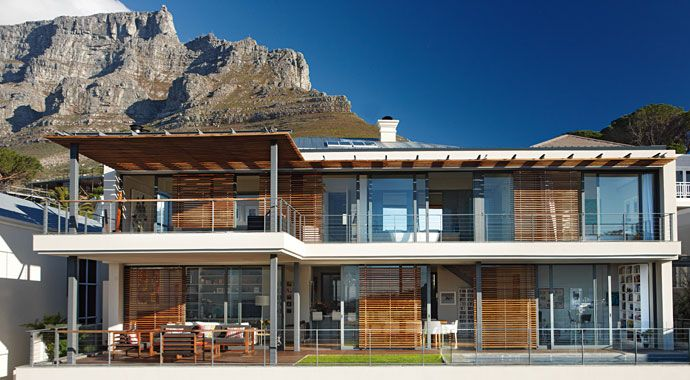 This Cape Town home includes an open, ground-floor living
