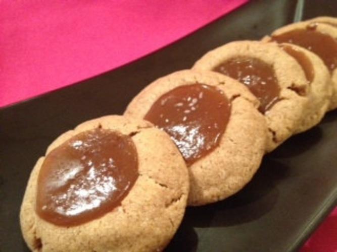 vegan Salted Caramel Almond Thumbprints | Vegan Eats | Pinterest ...