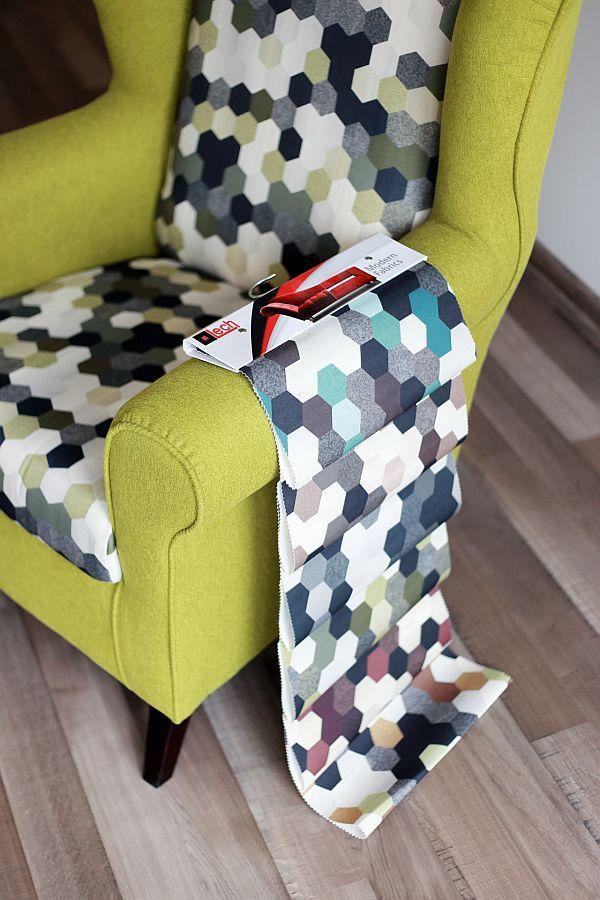 Oto wszystkie modele z kolekcji PRINT AC! Nadruk przypominający strukturę plastra miodu idealnie wpasuje w nowoczesną aranżację :) #nadruk #tkaniny #modne_tkaniny #modern_fabrics