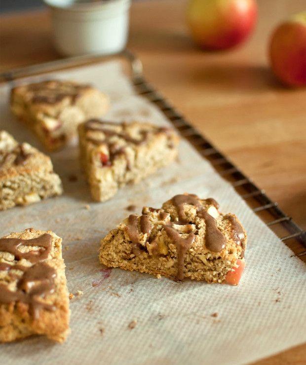 owsiane scones z jabłkiem, kokosem i cynamonowym lukrem - Desery i ciasta