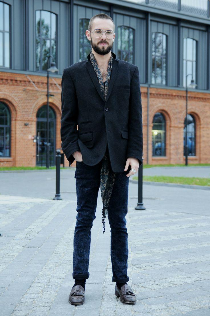 Maciej, 27 - ŁÓDŹ LOOKS www.facebook.com/lodzlooks #fashionweekpoland #fashionphilosophy #lodz #lodzlooks #fashionweek