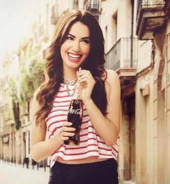 Mariana en el comercial de Coca Cola