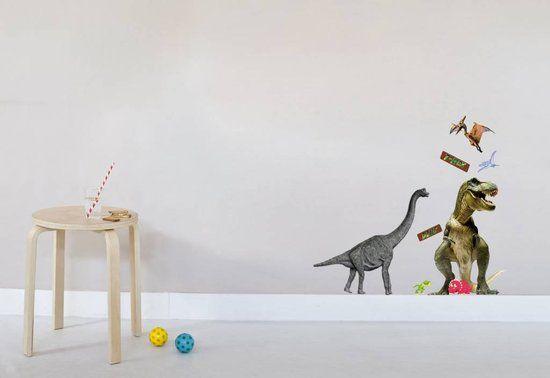 Spannende Dinosaurus vinyl muurstickers, 2 grote en 3 kleine Dino's. Leuke decoratie voor in de kinderkamer.