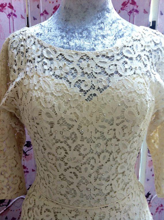 Wonderful 40's cotton lace vintage wedding dress tea