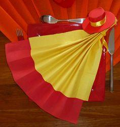 Pliage de serviettes de table en papier pliage de papier - Pliage de serviette porte couvert ...