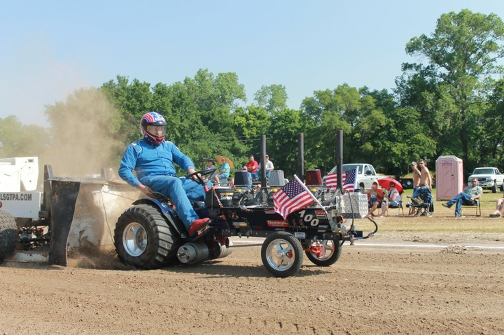 Power Wheels Tractor Pull : Ideas about tractor pulling on pinterest bmpt