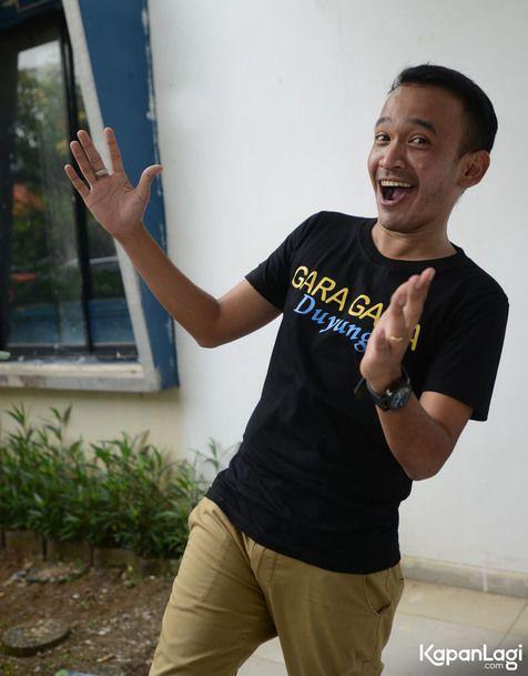 Ruben Onsu merasa sangat terganggu oleh kelakuan salah satu artis Indonesia | PT. Kontak Perkasa Futures Pusat Tapi semua itu hanya ada 2 perkiraan saya, yg pertama emang mau nya artis nya begitu yg pingin di perlakukan seperti bintang luar negri, dan yg kedua memang arahan org2 di belakang nya.…