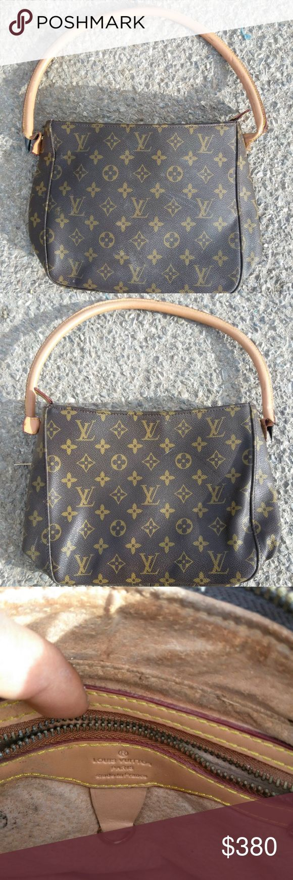 Louis Vuitton Purse Small Louis Vuitton Bag, price negotiable, no major signs on the inside but on one side the strap is not hanging on well. Louis Vuitton Bags Shoulder Bags