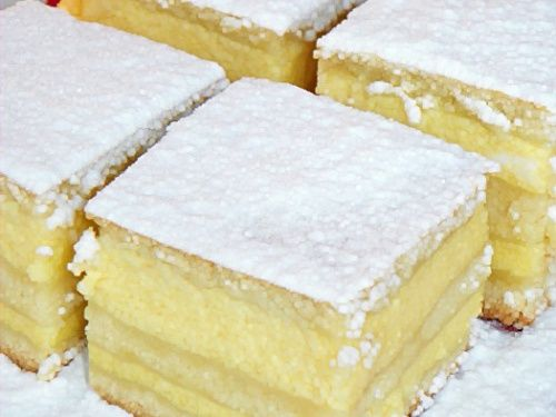 Placinta cu iaurt - imagine 1 mare