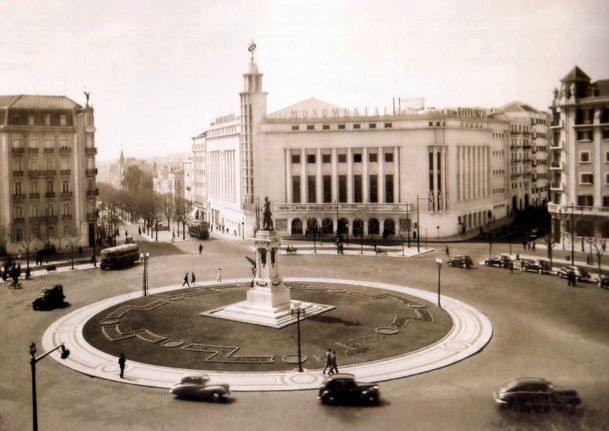 Praça Marquês de Pombal #OldTimes #Lisbon