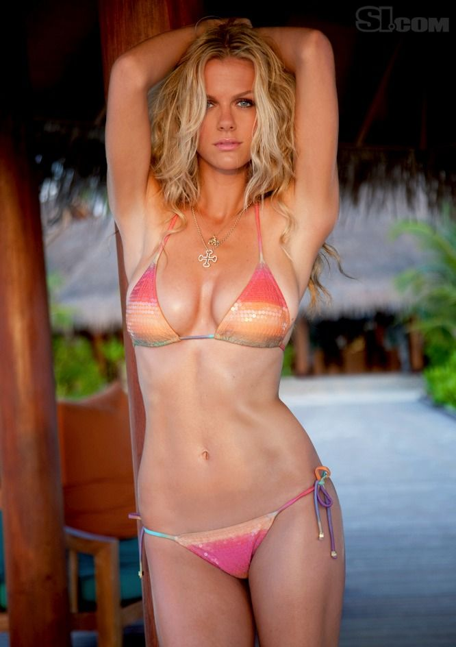 Brooklyn Decker - Sports Illustrated Swimsuit 2010 Location: Dhigu, Maldives, Male, Anantara Resort Photographed by: Walter Iooss, Jr.