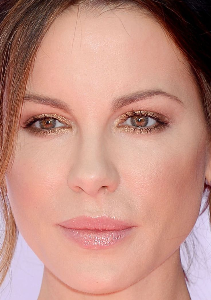 Kate Beckinsale, Billboard Music Awards 2016