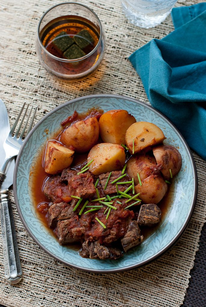 Celebrate Dad this Father's Day with Slow Cooker Meat and Potatoes. This easy,  delicious meal will be sure to put a smile on his face. #CrockPot #SlowCooker #FathersDay #Dad #Recipe