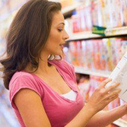 и снова о важности этикетки:   Результаты исследования Университета Алабамы показывают, что женщины проверяют и используют этикетки на продовольственных продуктах чаще и тщательнее, чем мужчины. В ходе анализа были рассмотрены 573 мужчины и 809 женщин в возрасте от 19 до 70 лет. Оказалось, что женщины используют этикетки с указанием пищевой ценности, заявлениями о пользе продукта, списком ингредиентом и размером порции чаще, чем мужчины…