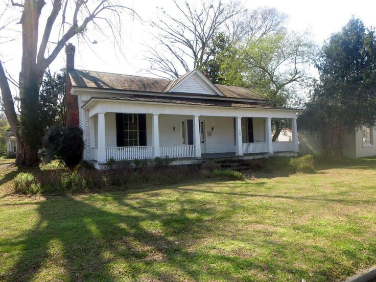 Got $34,000? This Beautiful North Carolina Fixer-Upper Has Your Name on It