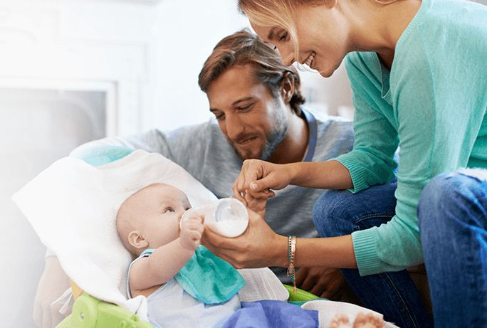 Baby reflux: How much baby spit up is a lot and when is it vomiting?