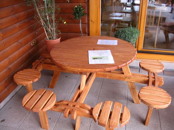 8 Seater Round Picnic Table With Backs